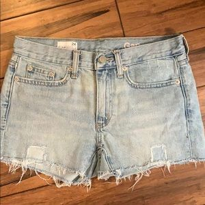 Light blue frayed gap jean shorts 24